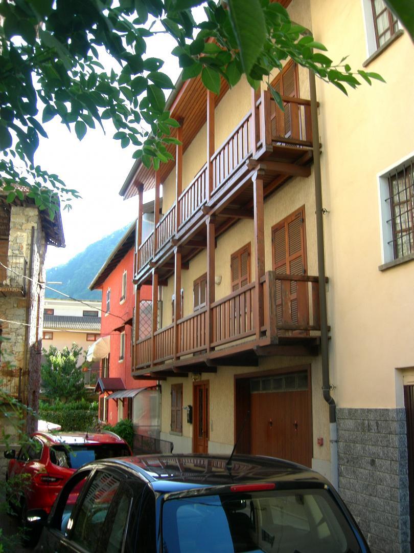 Casa a Varallo Frazione Roccapietra