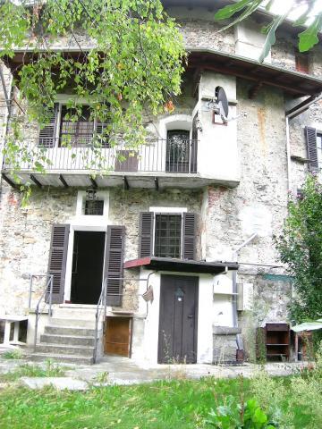 Casa tipo schiera Varallo
