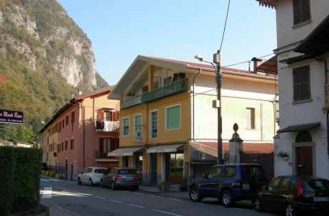 Appartamenti Varallo Via B Garibaldi